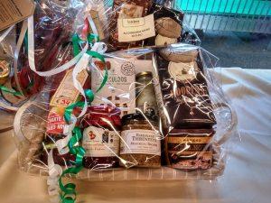 cesta belga (4) Un regalo belga lleno de historia - cesta belga 4 300x225 - Un regalo belga lleno de historia