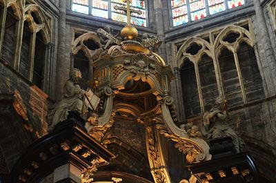 n70_3224_opt La catedral de San Bavón: un tesoro de religión y arte - N70 3224 opt - La catedral de San Bavón: un tesoro de religión y arte