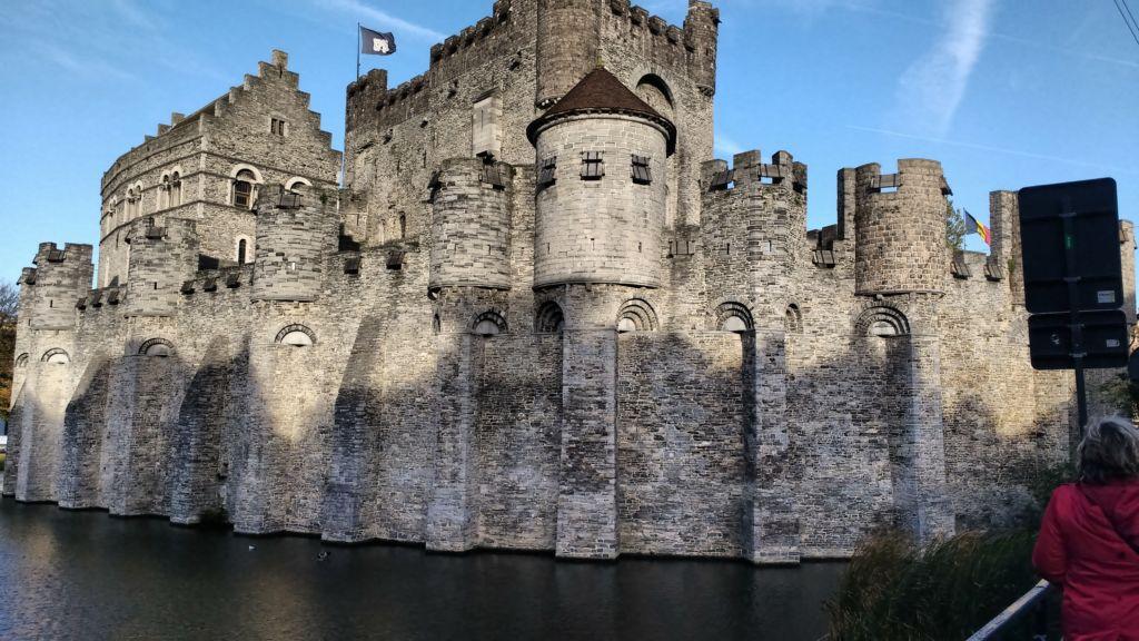 Gravensteen El Castillo De Los Condes De Flandes