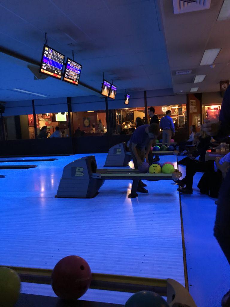 Ocio en Gante: Overpoort Bowl