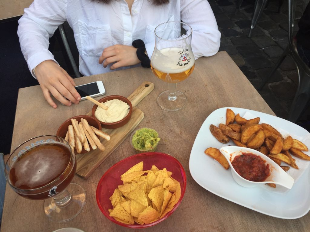 De Rector Comida De Rector: para una cerveza y tapas con amigos - De Rector Comida - De Rector: para una cerveza y tapas con amigos