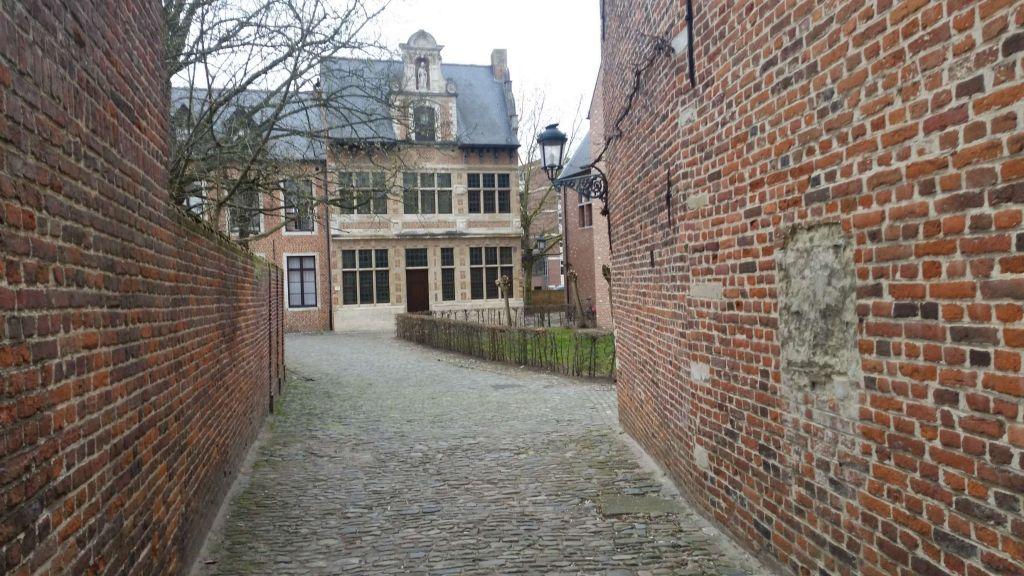 Groot Begijnhof calles Los Beguinajes de Lovaina - Groot Begijnhof calles - Los Beguinajes de Lovaina