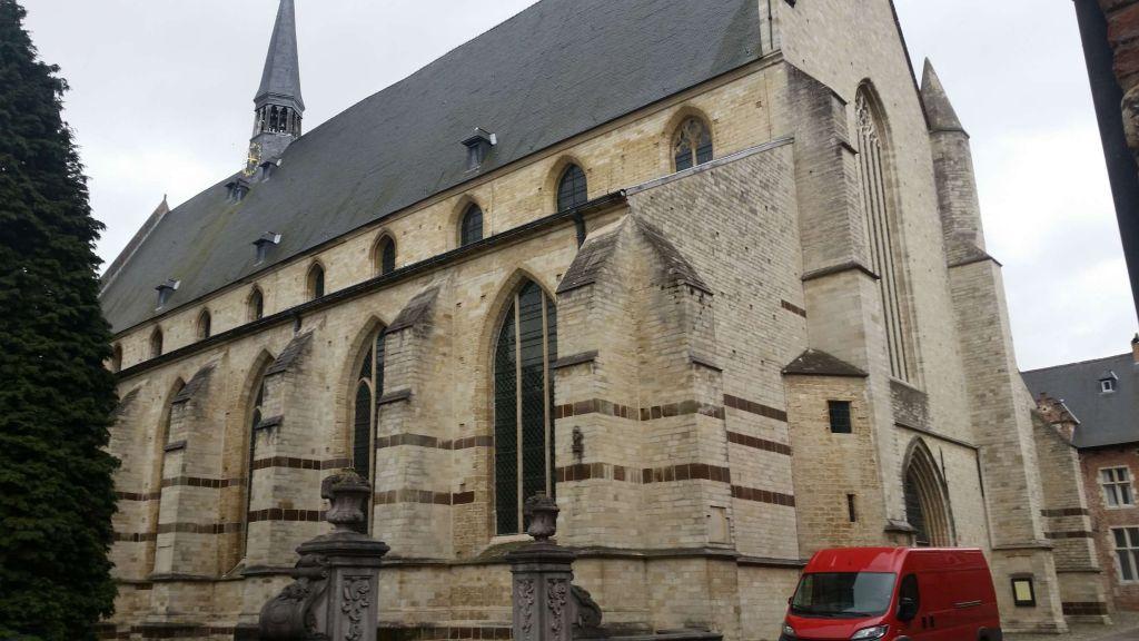 Groot Begijnhof iglesia Los Beguinajes de Lovaina - Groot Begijnhof iglesia - Los Beguinajes de Lovaina