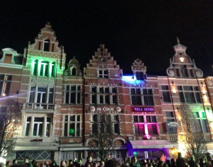 Oude Markt, la barra de bar más larga de Europa