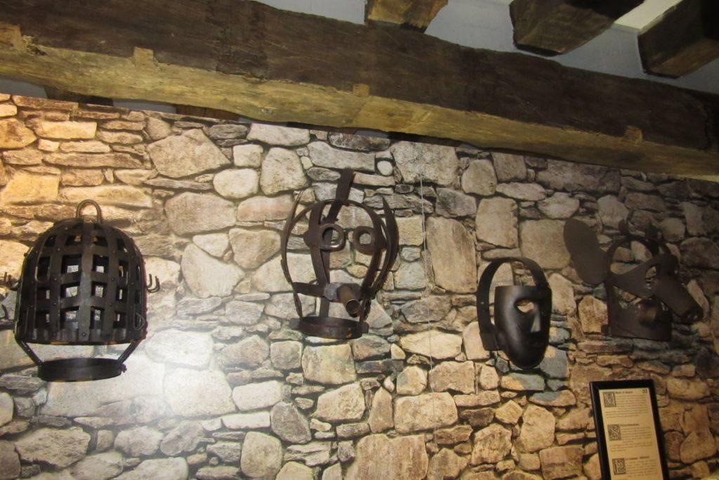 31.07_Bruges (33) (FILEminimizer) De Oude Steen y el museo de la tortura - 31 - De Oude Steen y el museo de la tortura