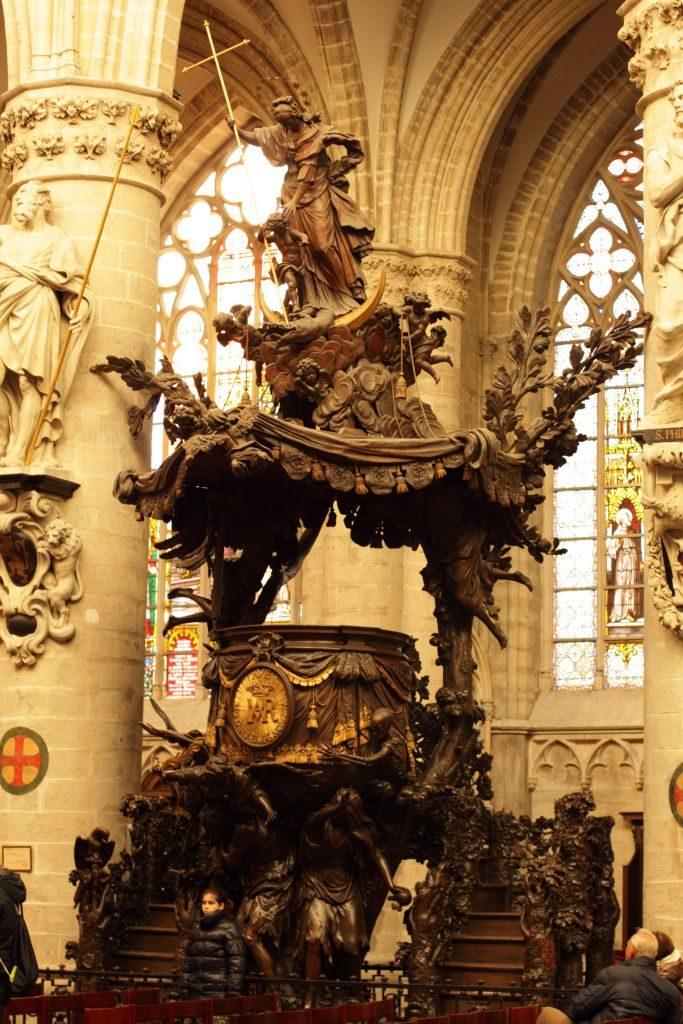 Brux11 La catedral de Bruselas: un tesoro del gótico - Brux11 683x1024 - La catedral de Bruselas: un tesoro del gótico