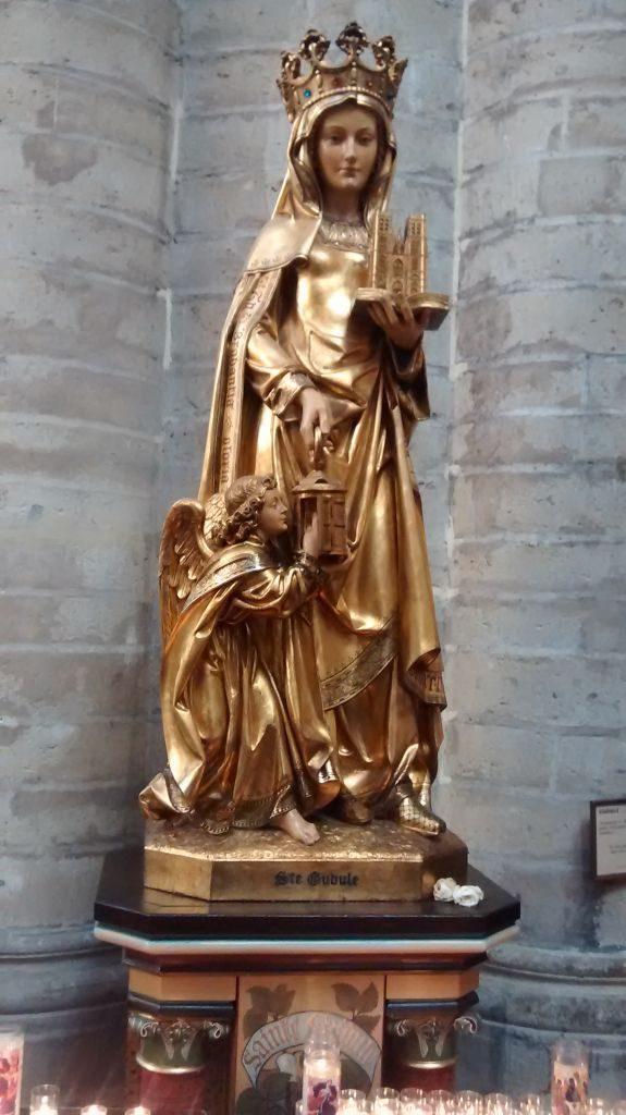 IMG_20141122_121051471 La catedral de Bruselas: un tesoro del gótico - IMG 20141122 121051471 575x1024 - La catedral de Bruselas: un tesoro del gótico