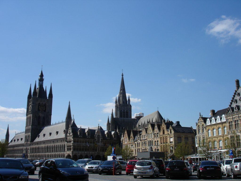 4. Grote Markt (14) (FILEminimizer) In Flanders Fields - 4 - In Flanders Fields