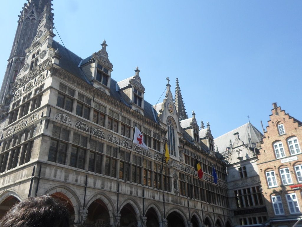 4. Grote Markt (18)_Cloth Hall (Belfry) + Town Hall (FILEminimizer) In Flanders Fields - 4 - In Flanders Fields
