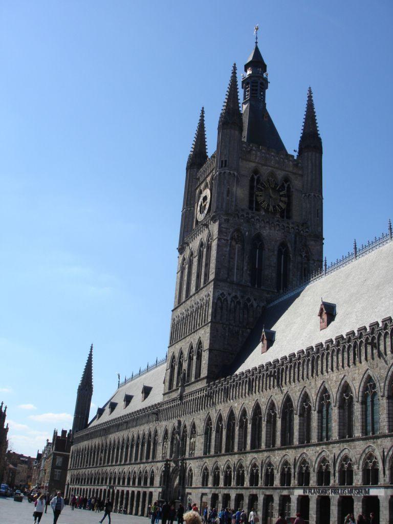 4. Grote Markt (39) (FILEminimizer) In Flanders Fields - 4 - In Flanders Fields