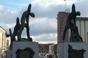 captura-de-pantalla-2016-11-22-a-las-18-09-23 Impresionante Lovaina (IV): Sus estatuas - Captura de pantalla 2016 11 22 a las 18 - Impresionante Lovaina (IV): Sus estatuas