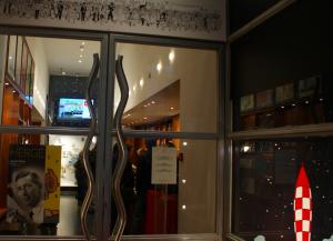 captura-de-pantalla-2016-12-06-a-las-23-02-54 Caminando con Tintín por Bruselas - Captura de pantalla 2016 12 06 a las 23 - Caminando con Tintín por Bruselas
