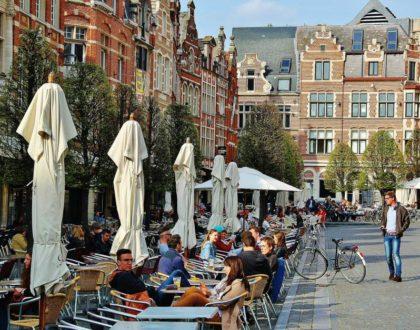 Oude Markt y sus bares