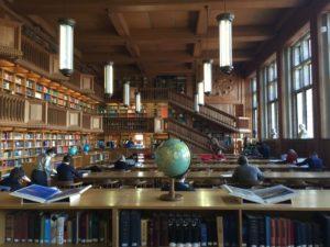 "- sala de lectura 300x225 - Biblioteca de Lovaina, la ""Universiteitsbibliotheek"""