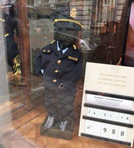 - disfraz manneken pis 270x300 - Visita a Bruselas (II)- Manneken Pis