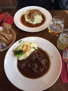 - frikandel 225x300 - Probando comida belga