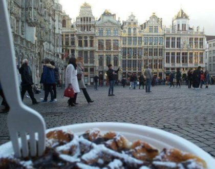 Probando comida belga