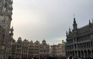 - grand place 2 300x192 - Visita a Bruselas (I)
