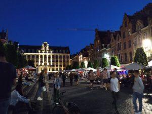 IMG 20190615 225543 300x225 Oude Markt, la barra de...