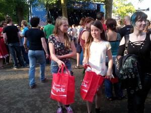 20140714_192306_opt Cactus Festival. Brujas. - 20140714 192306 opt 300x225 - Cactus Festival. Brujas.
