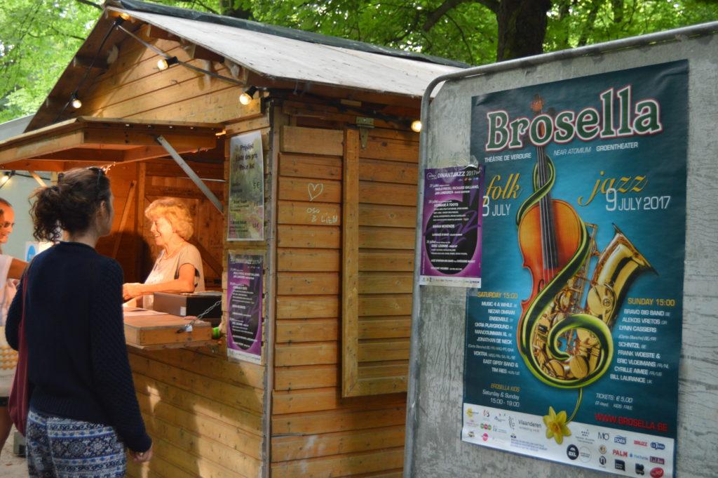 Stands de comida y bebida a precios populares brosella: dos días de música folk y jazz  al aire libre - DSC 0135 1024x681 - Brosella: dos días de música folk y jazz  al aire libre