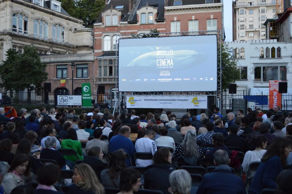 Proyección de La Pazza Gioia (Paolo Virzi, 2016) el pasado lunes en la plaza de Jambline de Meux (Schaerbeek)