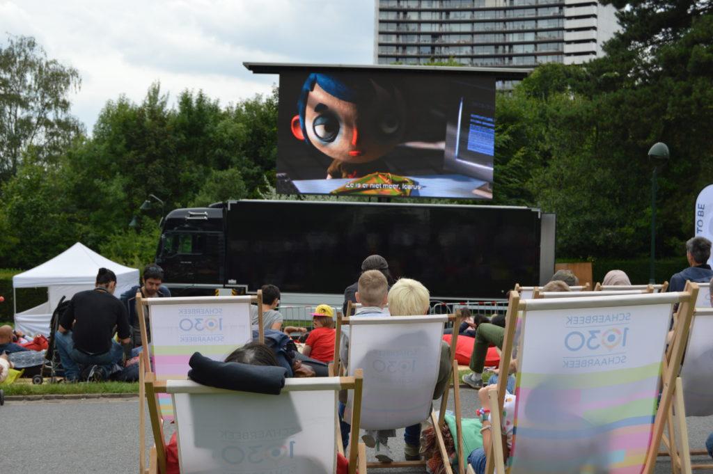 Para todos los públicos: Proyección del film de animación franco-suizo 'Ma vie de courgette' (Claude Barras, 2015) en el Parc Josaphat (Schaerbeek) el cine al aire libre toma los barrios de bruselas - DSC 0176 - El cine al aire libre toma los barrios de Bruselas