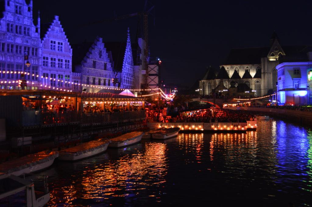 La vista del canal más animada que nunca ¡no te pierdas las fiestas de gante (gentsefeesten)! - DSC 1163 1024x681 - ¡No te pierdas las Fiestas de Gante (Gentsefeesten)!
