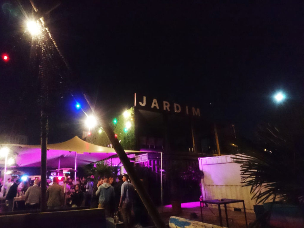 Discoteca Jardim chiringuito playero a orillas del escalda - 3 2 1024x768 - Chiringuito playero a orillas del Escalda