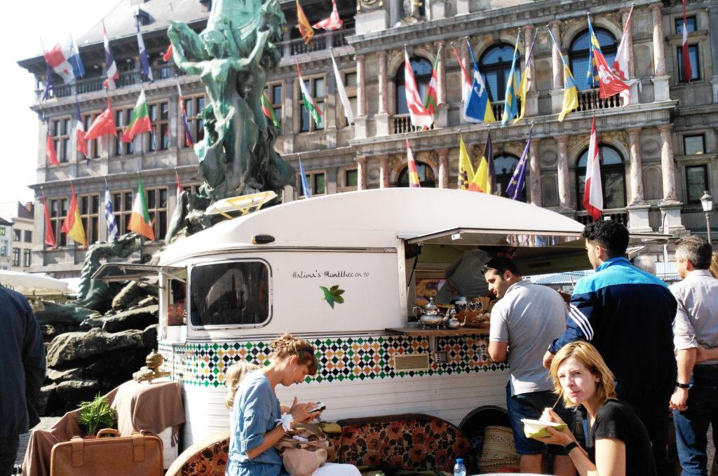 Caravana swan market en grote markt - 3 5 1024x679 - Swan Market en Grote Markt