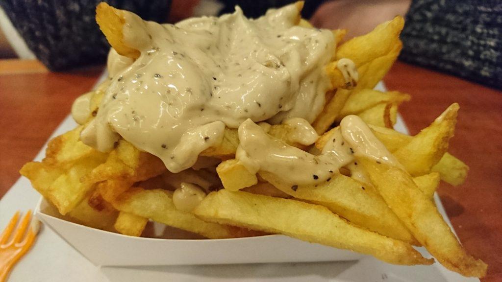 Patatas fritas con salsa frites belgas al otro lado del escalda - DSC 0309 1024x576 - Frites belgas al otro lado del Escalda