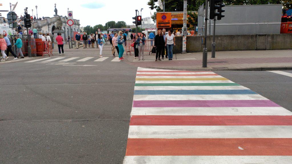 Paso de viandantes pride weekend en amberes - IMG 20170813 151634 1024x576 - Pride weekend en Amberes
