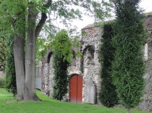 Abadía de San Bavón - abad  a1 300x224 - Abadía de San Bavón