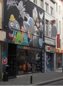 Monstruitos invaden Gante - graffiti 222x300 - Monstruitos invaden Gante